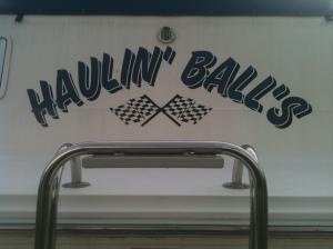 Haulin' Ball's